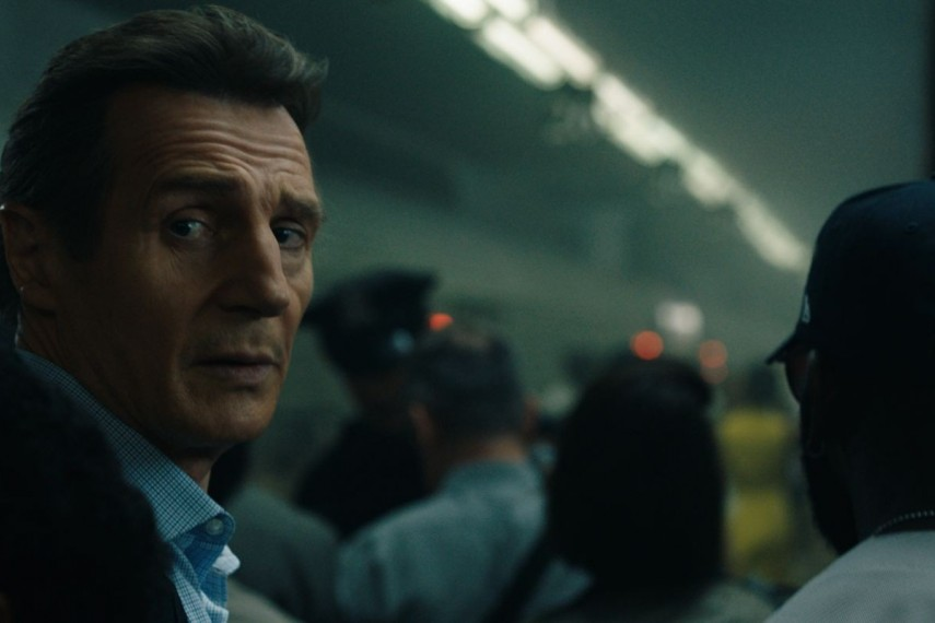 /db_data/movies/commuter/scen/l/410_05_-_Michael_Liam_Neeson__.jpg