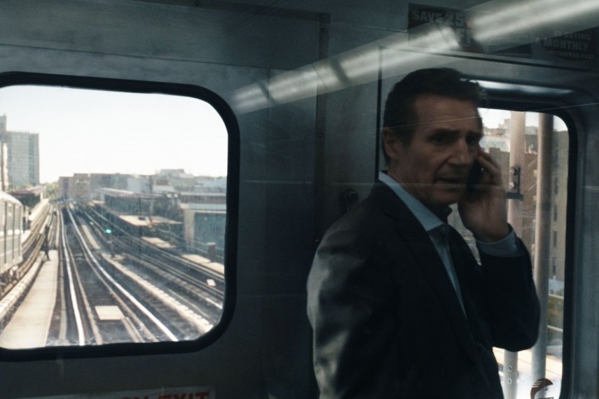 /db_data/movies/commuter/scen/l/410_15_-_Michael_Liam_Neeson__.jpg