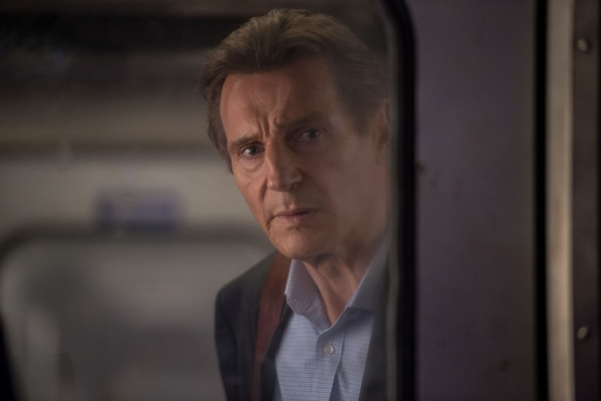 /db_data/movies/commuter/scen/l/410_26_-_Michael_Liam_Neeson__.jpg