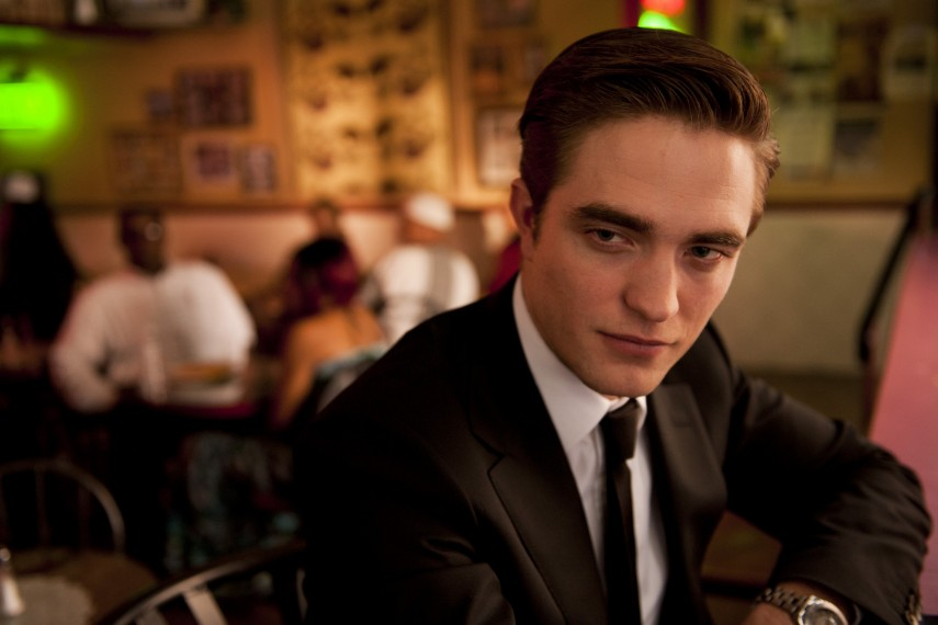 /db_data/movies/cosmopolis/scen/l/COS_D005-00918.jpg