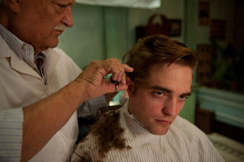 /db_data/movies/cosmopolis/scen/l/COS_D028-05431.jpg