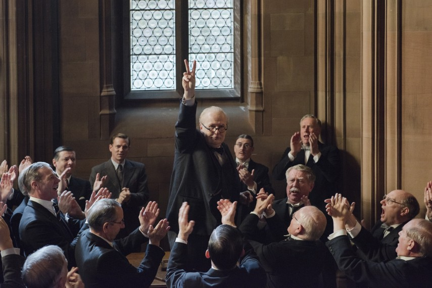 /db_data/movies/darkesthour2016/scen/l/4106_D013_00374_CROP.jpg