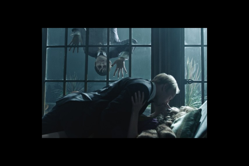 /db_data/movies/darkshadows/scen/l/1-Picture28-5be.jpg