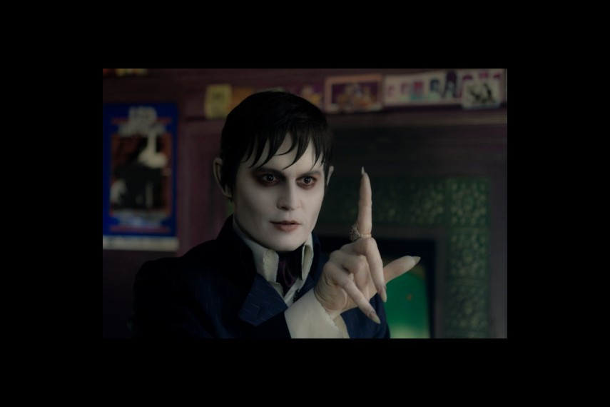 /db_data/movies/darkshadows/scen/l/1-Picture3-f38.jpg