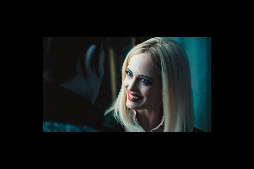 /db_data/movies/darkshadows/scen/l/1-Picture37-07b.jpg