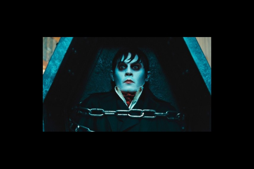 /db_data/movies/darkshadows/scen/l/1-Picture40-28e.jpg