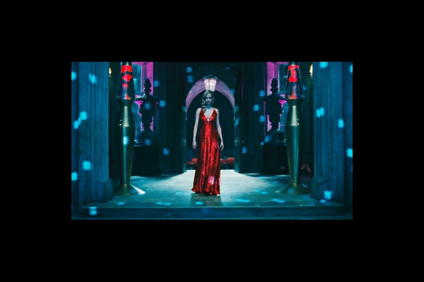 /db_data/movies/darkshadows/scen/l/1-Picture42-133.jpg