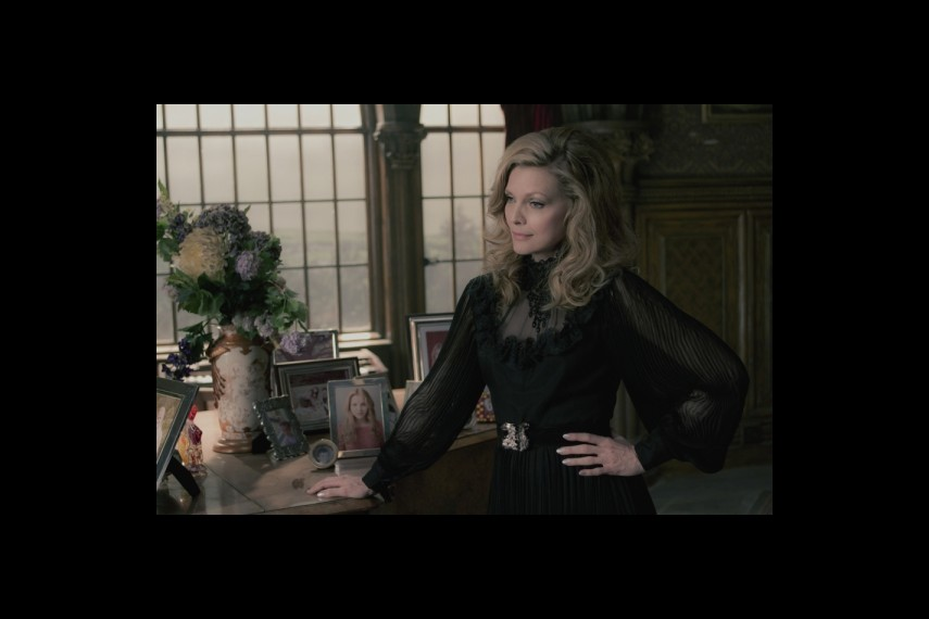 /db_data/movies/darkshadows/scen/l/1-Picture6-99d.jpg
