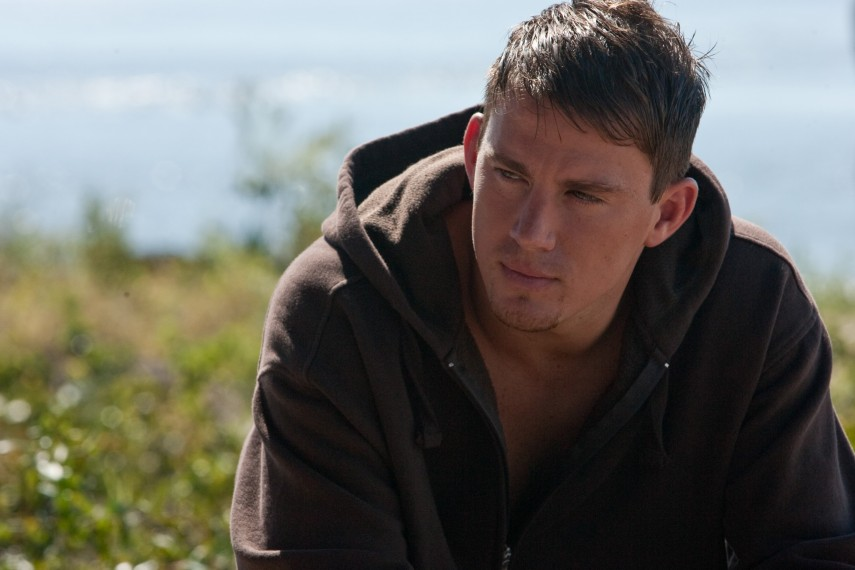 /db_data/movies/dearjohn/scen/l/M-058_[DF_00910].jpg