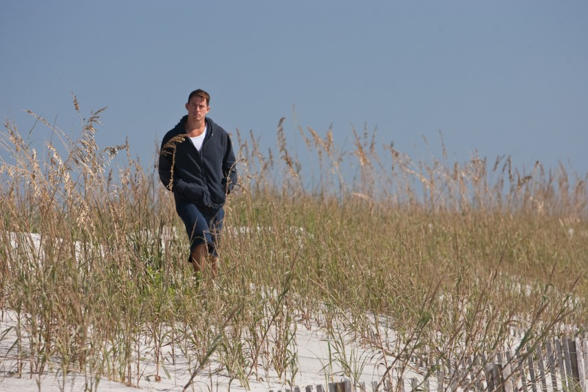 /db_data/movies/dearjohn/scen/l/M-073_[DF_02666].jpg