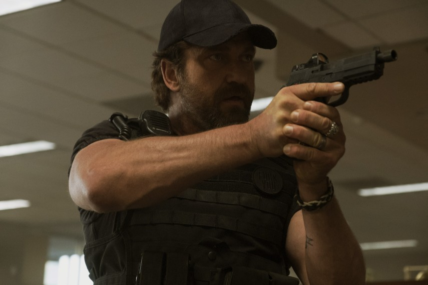 /db_data/movies/denofthieves/scen/l/410_05_-_Nick_Gerard_Butler.jpg