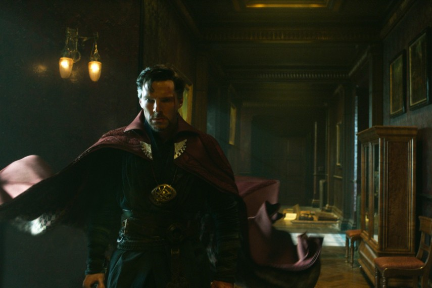 /db_data/movies/doctorstrange/scen/l/410_14_-_Dr._Stephen_Strange_B.jpg