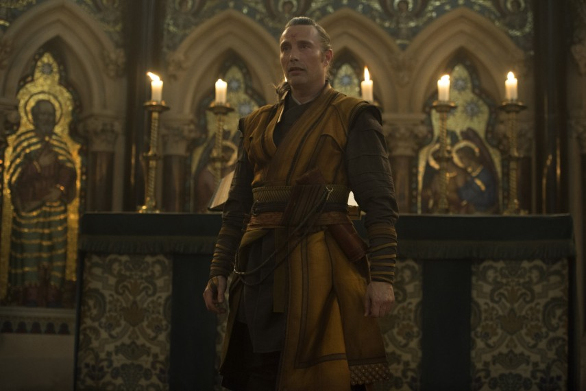 /db_data/movies/doctorstrange/scen/l/410_24_-_Kaecilius_Mads_Mikkelsen.jpg