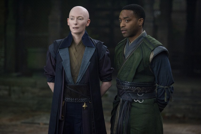 /db_data/movies/doctorstrange/scen/l/410_28_-_The_Ancient_One_Tilda.jpg