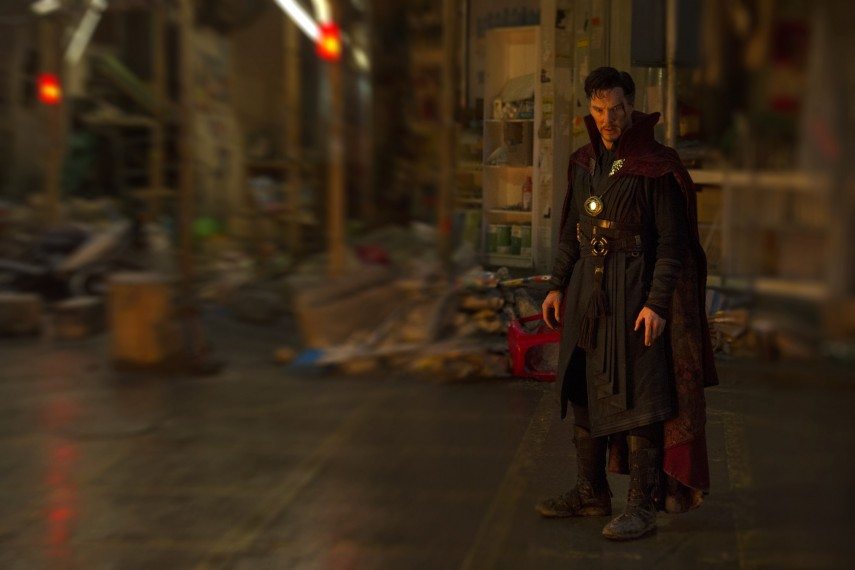 /db_data/movies/doctorstrange/scen/l/410_29_-_Dr._Stephen_Strange_B.jpg