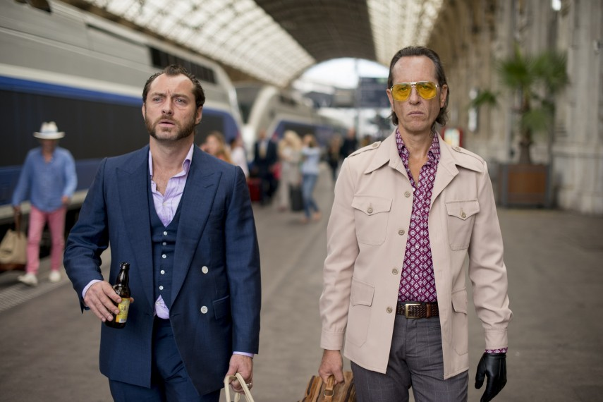 /db_data/movies/domhemingway/scen/l/dom-hemingway-jude-law-richard-e-grant.jpg