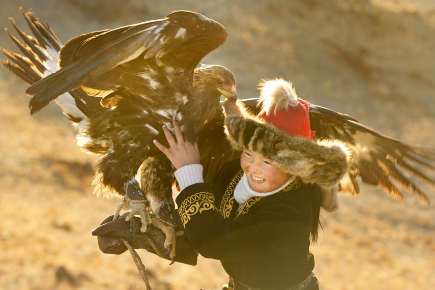 /db_data/movies/eaglehuntress/scen/l/F803C74C-E7BA-13B6-ED35F37082E79AD5.jpg