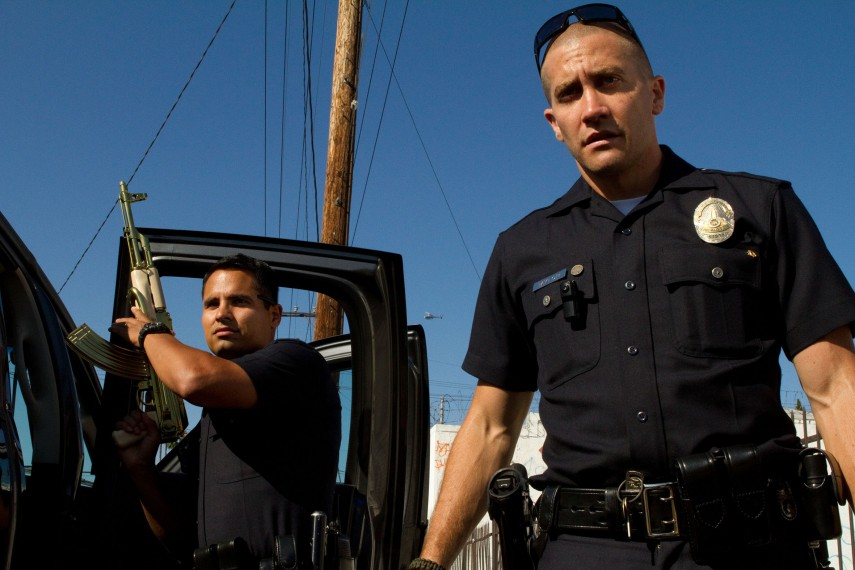 /db_data/movies/endofwatch/scen/l/EndOfWatch_01.jpg