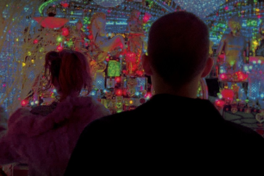 /db_data/movies/enterthevoid/scen/l/enterthevoid11.jpg