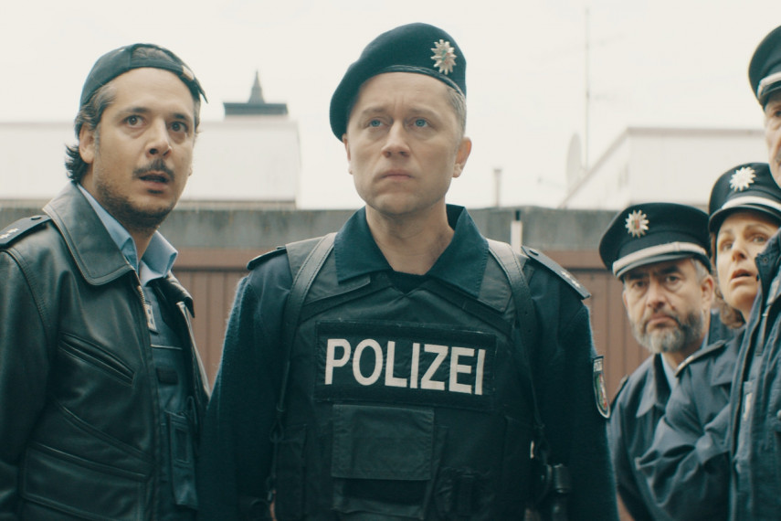 /db_data/movies/fakingbullshitkriminelleralsdiepolizeierlaubt/scen/l/20_FB_20200619_1.1690.1.jpg