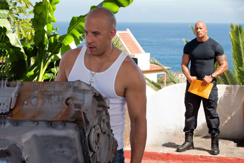 /db_data/movies/fastfurious06/scen/l/2418_D055_00024_0067R_COMP.jpg