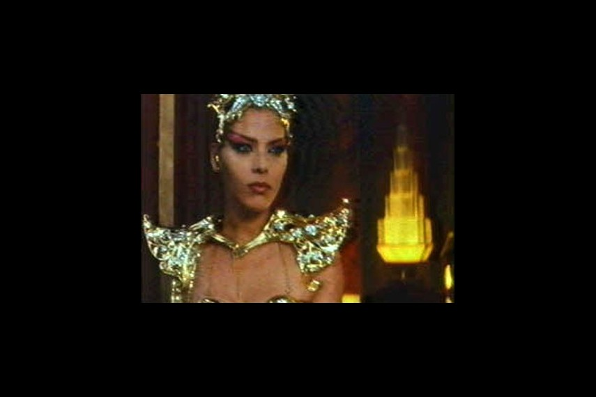/db_data/movies/flashgordon/scen/l/img2_l.jpg