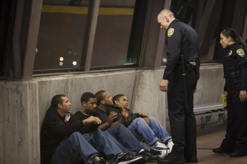 /db_data/movies/fruitvalestation/scen/l/04__Fruitvale_Station.jpg