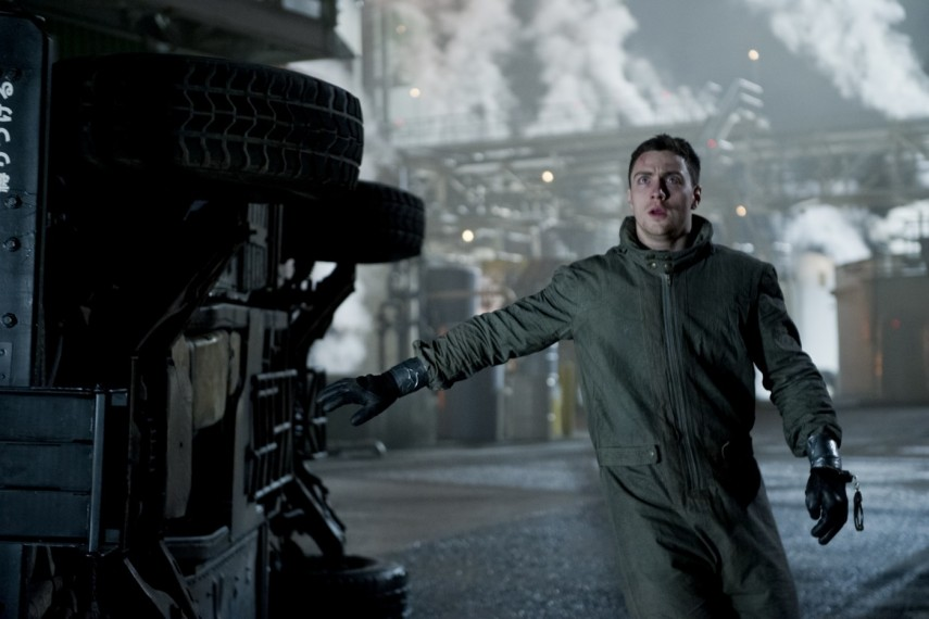 /db_data/movies/godzilla2014/scen/l/1-Picture1-9d4.jpg