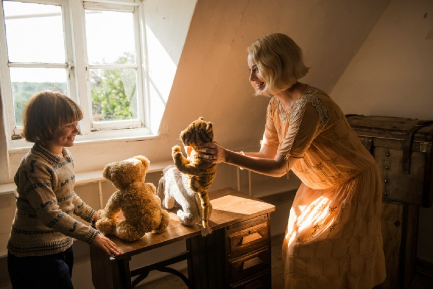 /db_data/movies/goodbyechristopherrobin/scen/l/578-Picture3-4a6.jpg