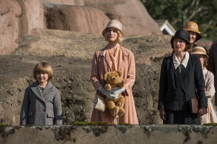 /db_data/movies/goodbyechristopherrobin/scen/l/578-Picture5-aae.jpg