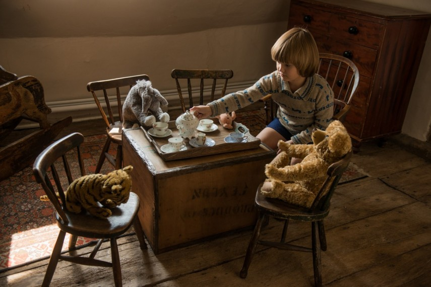 /db_data/movies/goodbyechristopherrobin/scen/l/578-Picture8-c49.jpg