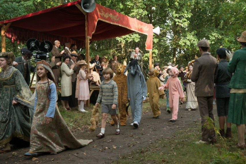/db_data/movies/goodbyechristopherrobin/scen/l/578-Picture9-468.jpg