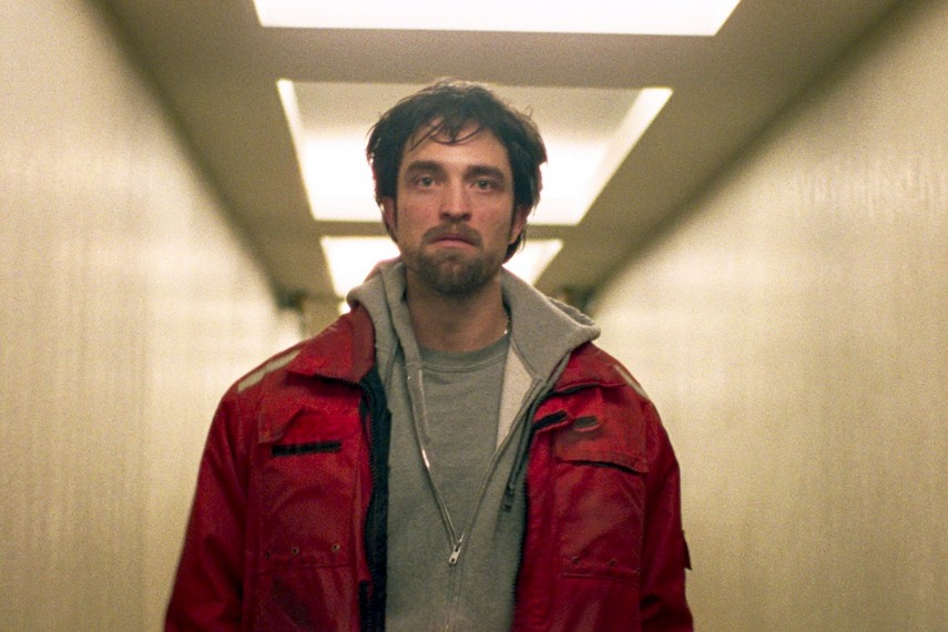 /db_data/movies/goodtime/scen/l/410_05_-_Connie_Robert_Pattinson.jpg