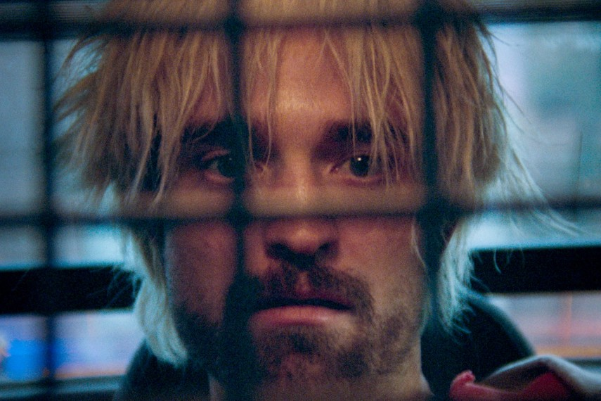 /db_data/movies/goodtime/scen/l/410_07_-_Connie_Robert_Pattinson.jpg