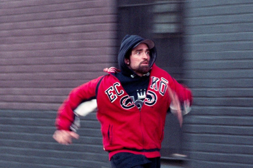 /db_data/movies/goodtime/scen/l/410_08_-_Connie_Robert_Pattinson.jpg