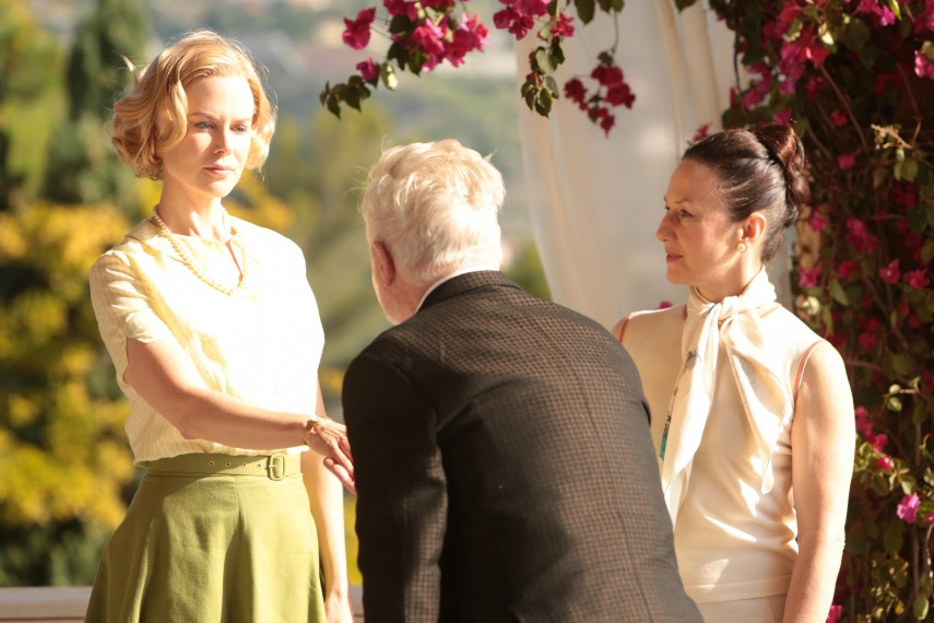 /db_data/movies/graceofmonaco/scen/l/410_12__Grace_Kelly_Nicole_Kidman.jpg