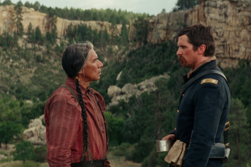 /db_data/movies/hostiles/scen/l/410_03_-_Chief_Yellow_Hawk_Wes.jpg