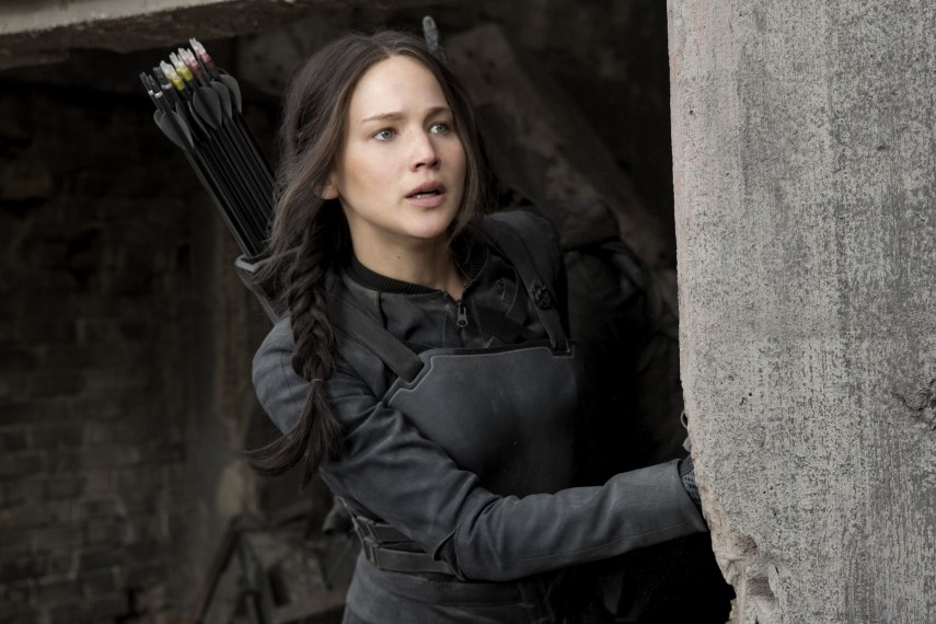 /db_data/movies/hungergames3/scen/l/F_MOCKINGJAY_34.jpg