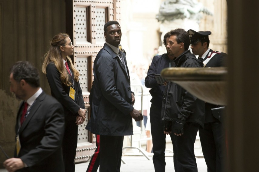 /db_data/movies/inferno/scen/l/410_14_-_Bouchard_Omar_Sy.jpg