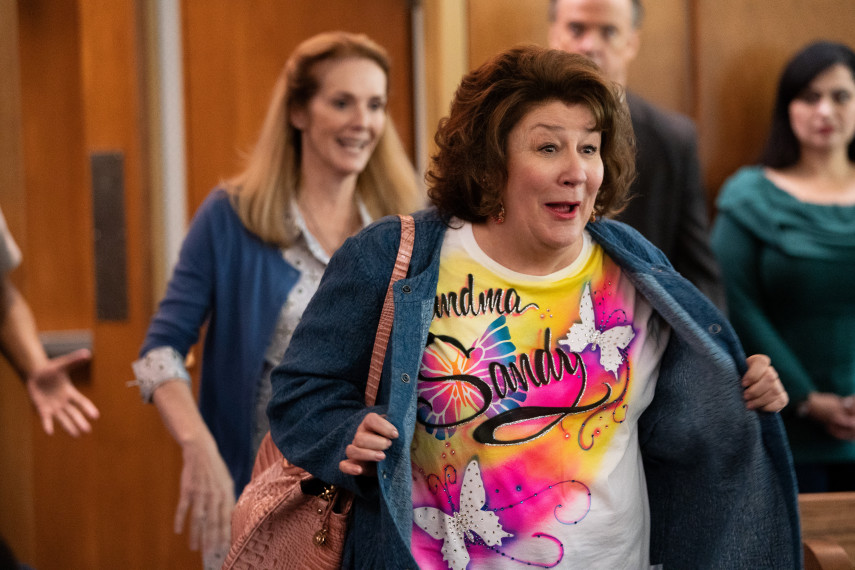 /db_data/movies/instantfamily/scen/l/410_17_-_Sandy_Margo_Martindale.jpg