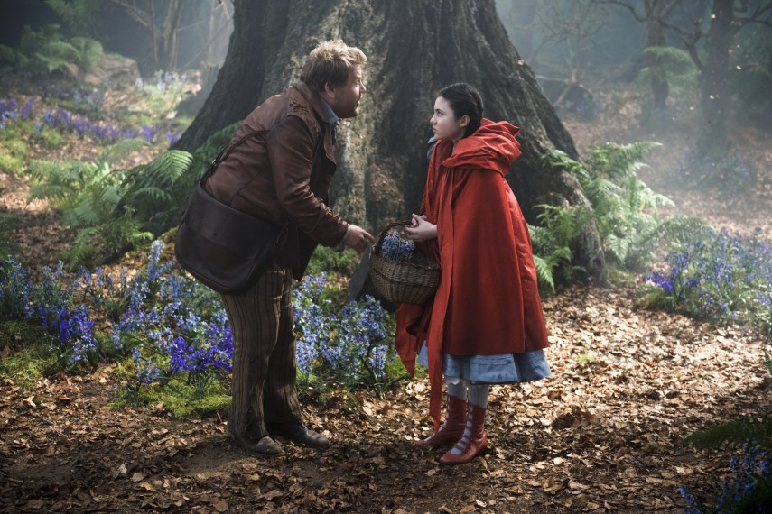 /db_data/movies/intothewoods/scen/l/410_02__The_Baker_Corden_Red_R.jpg