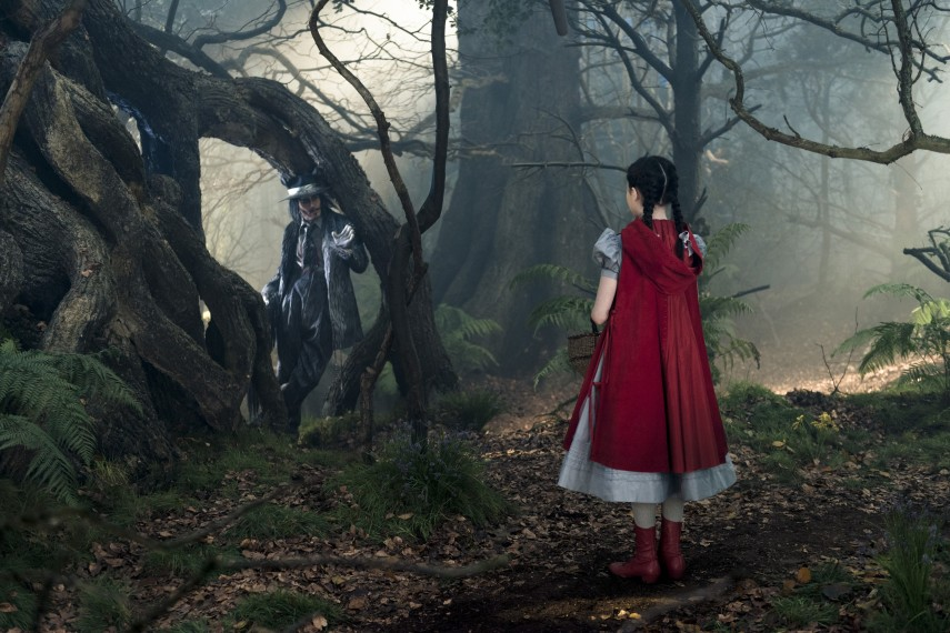 /db_data/movies/intothewoods/scen/l/410_20__The_Wolf_Depp_Red_Ridi.jpg