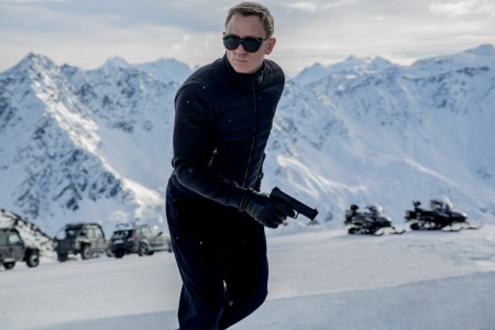 423_01__James_Bond_Daniel_Craig.jpg