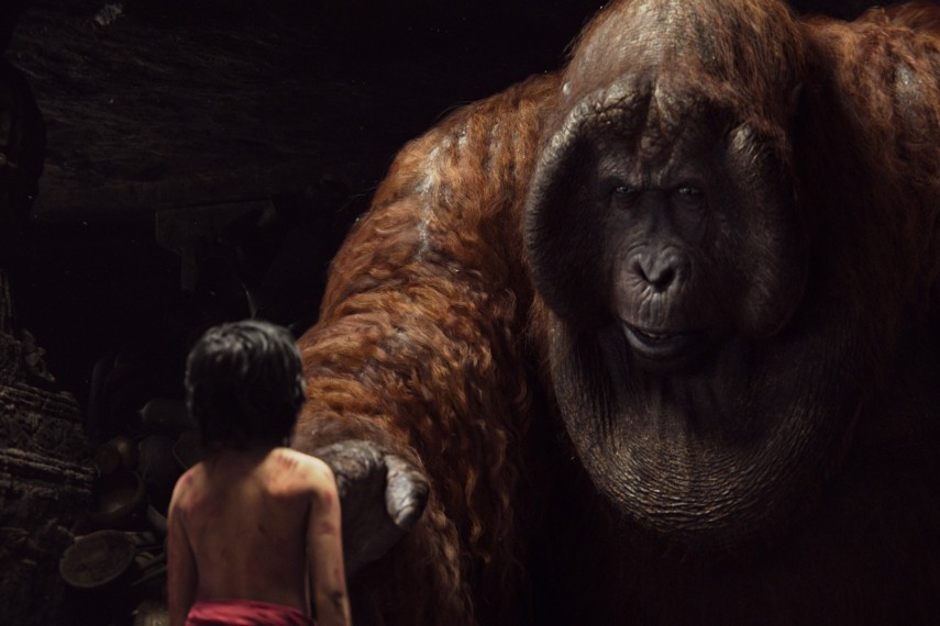 /db_data/movies/junglebook2015/scen/l/410_11_-_Mowgli_Neel_Sethi_King_Louie.jpg