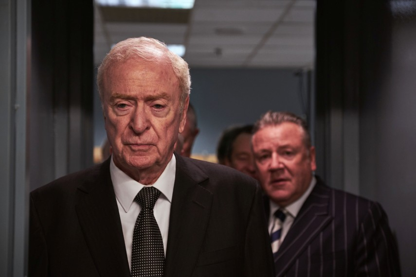 /db_data/movies/kingofthieves/scen/l/410_02_-_Michael_Caine_Ray_Winstone.jpg