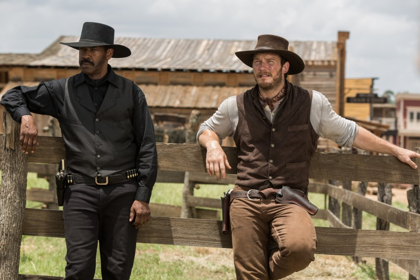 /db_data/movies/magnificentseven/scen/l/410_02_-_Sam_Chisolm_Denzel_Wa.jpg