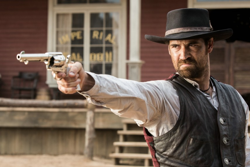 /db_data/movies/magnificentseven/scen/l/410_19_-_Vasquez_Manuel_Garcia.jpg