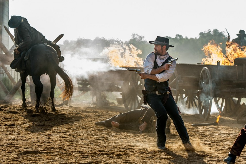 /db_data/movies/magnificentseven/scen/l/410_20_-_Vasquez_Manuel_Garcia.jpg