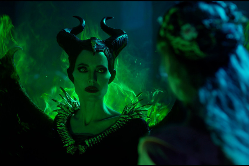 /db_data/movies/maleficent2/scen/l/410_05_-_Maleficent_Angelina_J.jpg