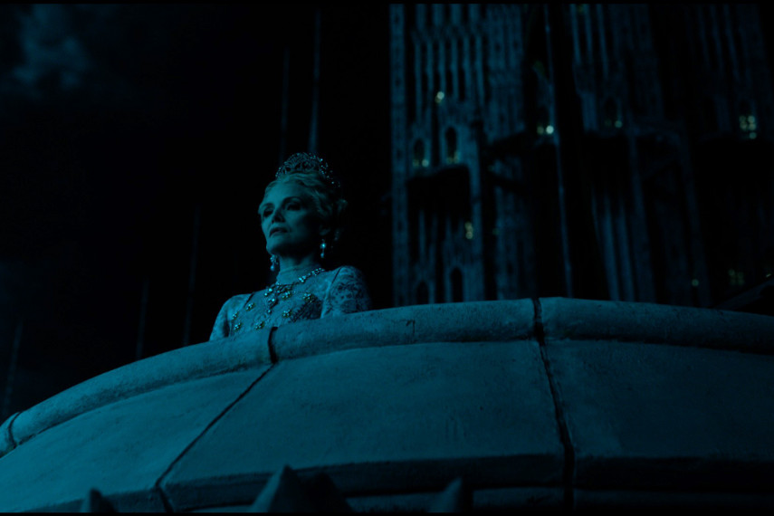 /db_data/movies/maleficent2/scen/l/410_06_-_Queen_Ingrith_Michell.jpg
